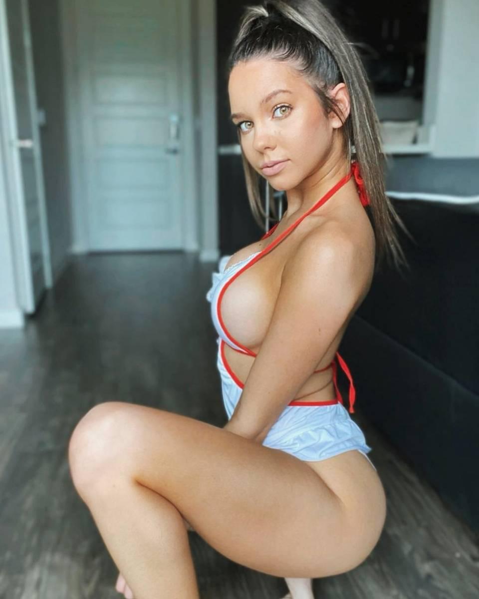 Ashley Lane 02