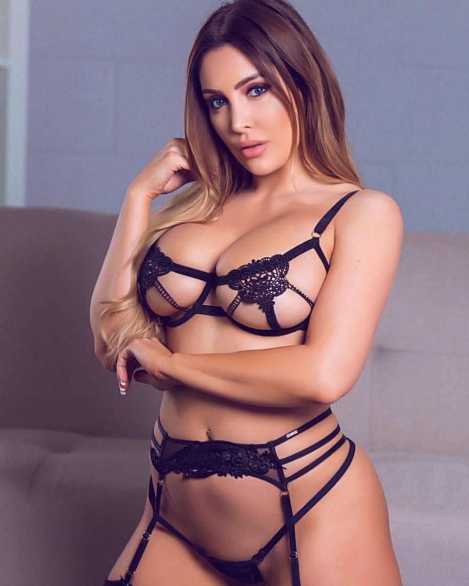 Ashley Emma 02