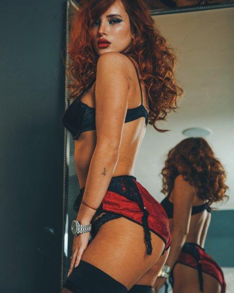 Bella Thorne 04