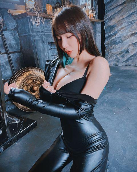 Janie Lin 04