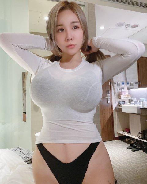 Janie Lin 11